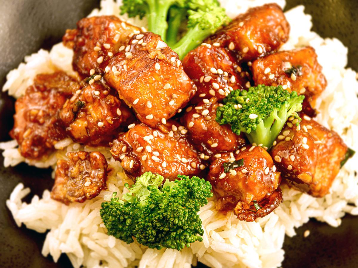 General Tso's Tofu Stir-Fry
