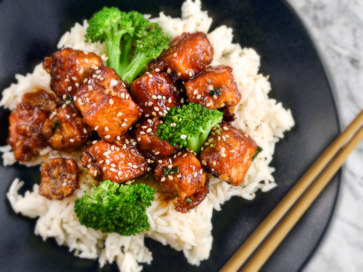 General Tso's Tofu Stir-Fry